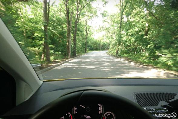Skoda Citigo 2018 - jazda przez las