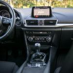 Mazda 3 - wnętrze - 02