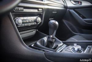 Mazda 3 - wnętrze - 06