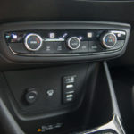 Opel Crossland X - wnętrze - 09