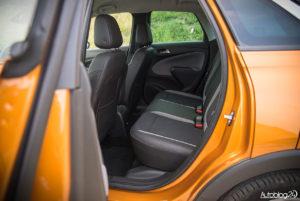 Opel Crossland X - wnętrze - 12