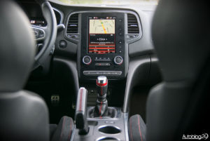 Renault Megane RS - wnętrze - 03