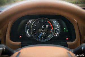Lexus LC 500 - wnętrze - 05