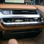 Lexus LC 500 - wnętrze - 08