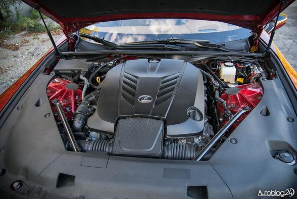 Lexus LC 500 - wnętrze - 13