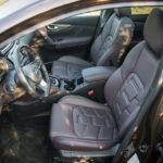 Nissan Qashqai - wnętrze - 09