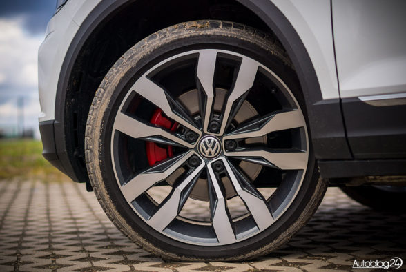 Volkswagen T-Roc - galeria - 03