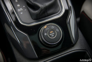 Volkswagen T-Roc - wnętrze - 10