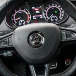 Skoda Octavia RS - wnętrze - 02