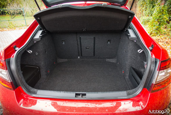 Skoda Octavia RS - wnętrze - 12
