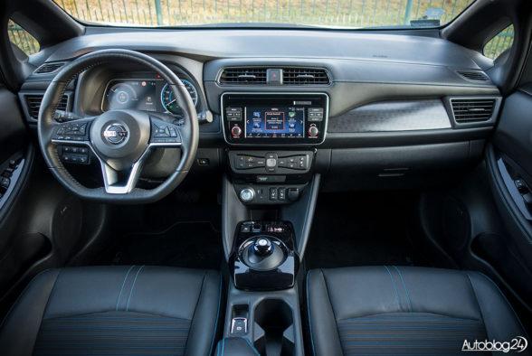 Nissan Leaf - wnętrze - 01