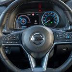 Nissan Leaf - wnętrze - 02