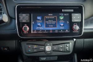 Nissan Leaf - wnętrze - 05