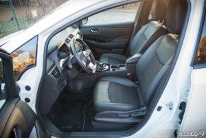 Nissan Leaf - wnętrze - 08