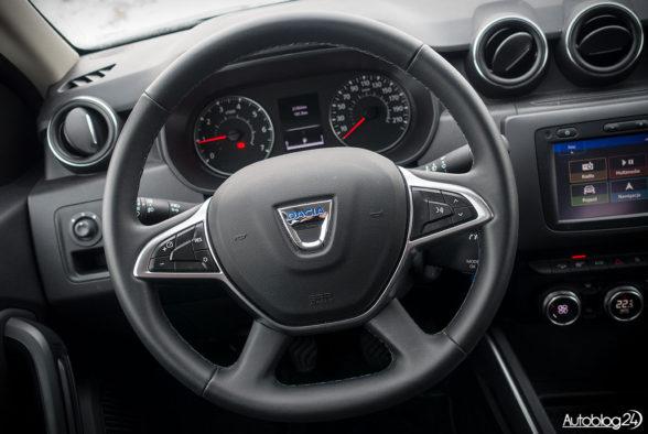 Dacia Duster - wnętrze - 02