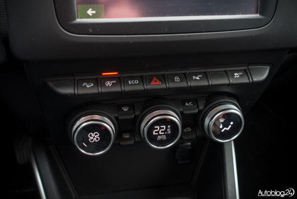Dacia Duster - wnętrze - 06