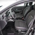 Dacia Duster - wnętrze - 08
