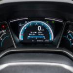 Honda Civic 4D - wnętrze - 03