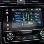 Honda Civic 4D - wnętrze - 04
