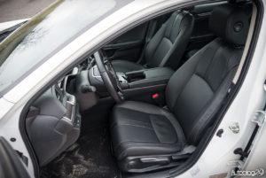 Honda Civic 4D - wnętrze - 06