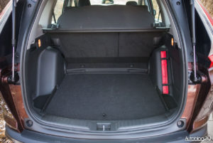 Honda CR-V - wnętrze - 09