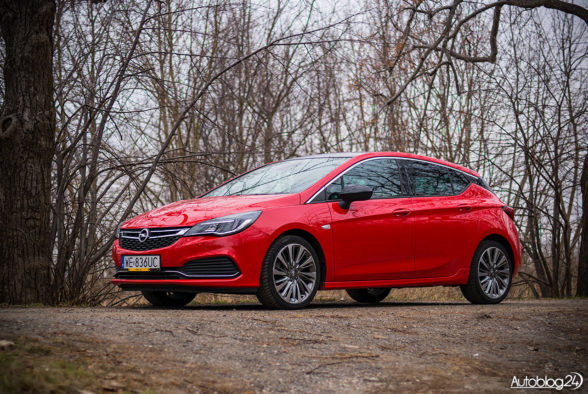 Opel Astra - galeria - 03