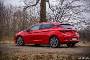 Opel Astra - galeria - 04