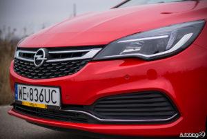 Opel Astra - galeria - 08