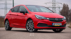 Opel Astra 1.6 Turbo 200 KM Elite. Trochę gorący hatchback – TEST
