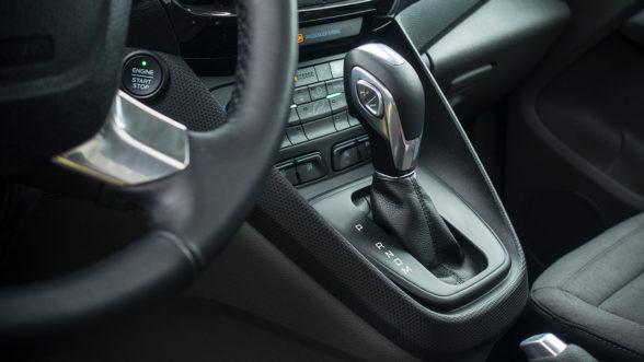 Ford Tourneo Connect - skrzynia biegów