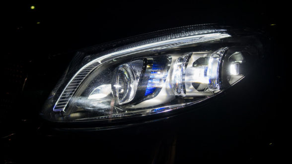Mercedes C200 2019 - Multibeam LED