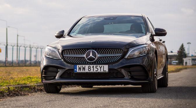 Mercedes C200 na jednej z najlepszych dróg w Polsce – TEST (2019)