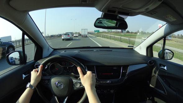 Opel Crossland X 2019 - S2
