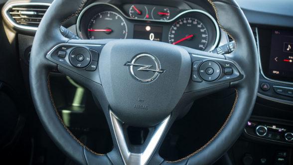 Opel Crossland X 2019 - kierownica