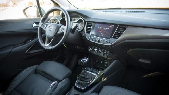 Opel Crossland X 2019 - wnętrze