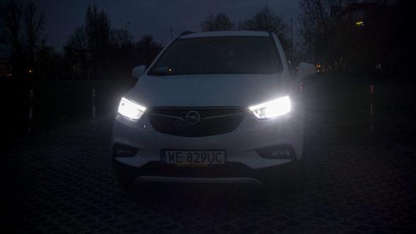 Opel Mokka X 2019 - światła przód