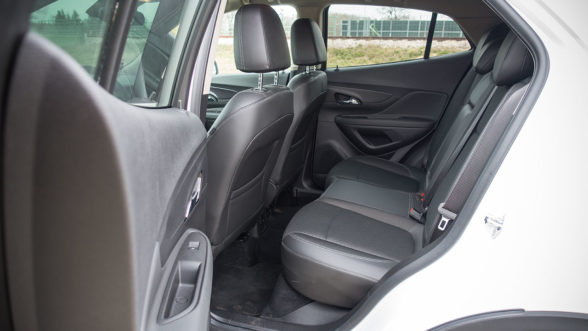Opel Mokka X 2019 - tylna kanapa