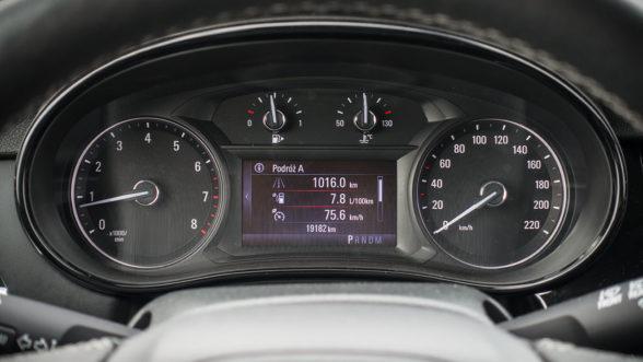 Opel Mokka X 2019 - zegary
